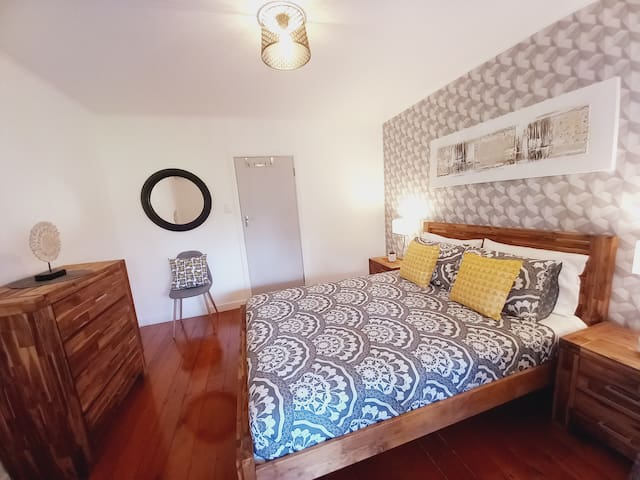 Charming 3rd bedroom with direct access to terrace plus air conditioning