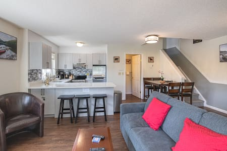 **Private Access** 2 Storey Townhouse 2 BR/1.5BATH