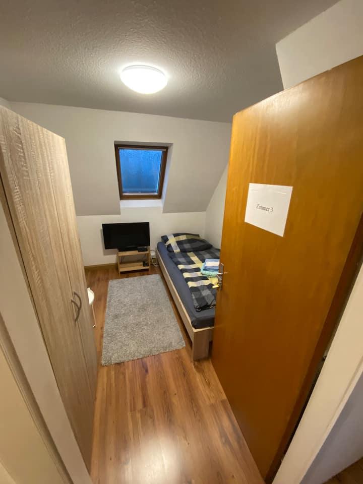 Einfaches Privatzimmer Nr.3