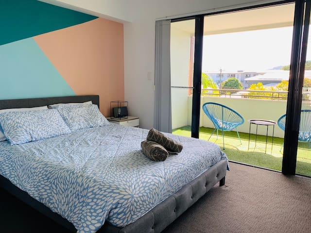 There are three bedrooms within the property, each fitted with comfortable queen-sized beds and topped with hotel quality linens for a good night's sleep.