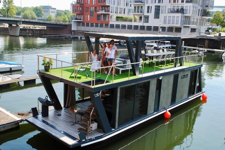 River-Dream Hausboote/  Event-Partyboot, Frankfurt