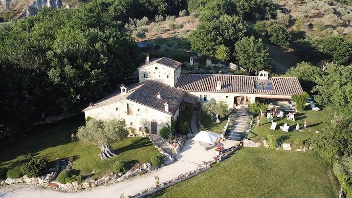 Villa di lusso ,piscina riscaldata, Orvieto 14 pl.