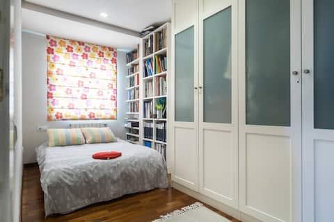 Bedroom in Valencia.
