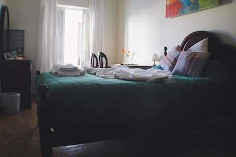 ROOM (Single) ( Doublebed)