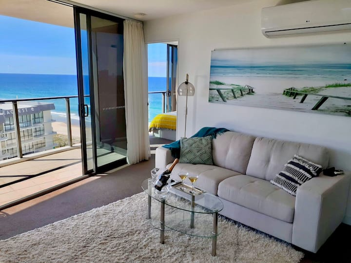 Ocean view apartment in Rhapsody Resort