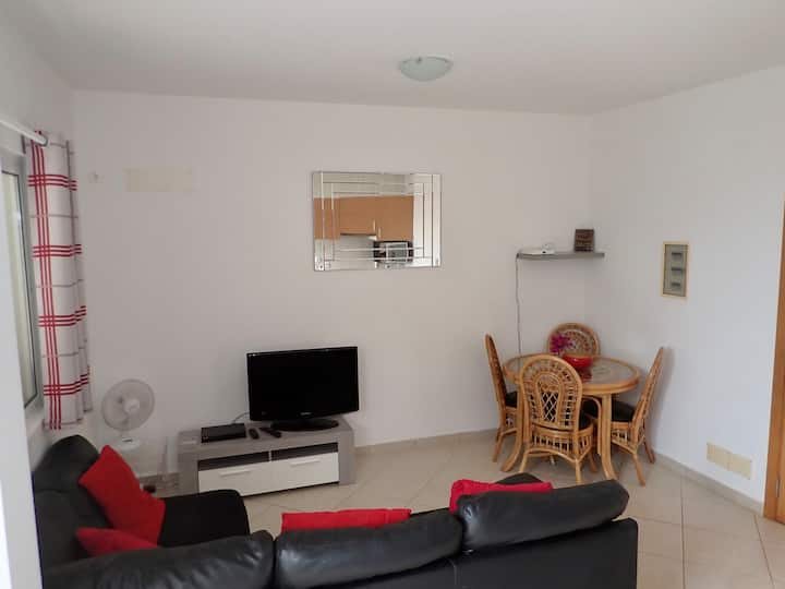 Vila Cabral 2, 1 Bedroom Apartment with Internet
