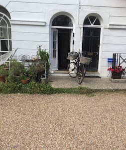 NO WHEELCHAIR ACCESS. Not recommended for any physical disability. Wide access path, but one step into property. Two narrow doors into vestibule. Wide main front door, but limited access on front hall landing. Steep narrow staircase to guest room.