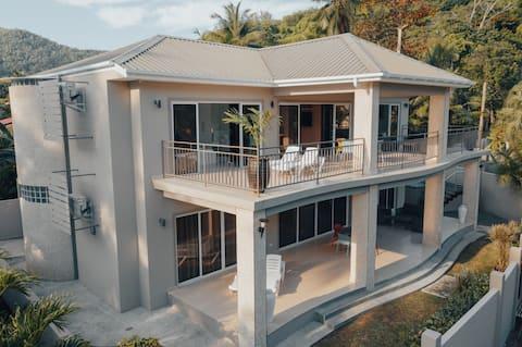 Two Bedroom Beachfront Villa (With Common Pool)