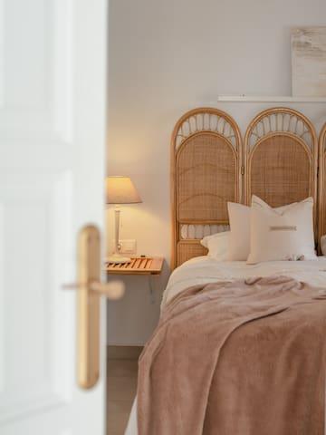 Main Bedroom 1_3