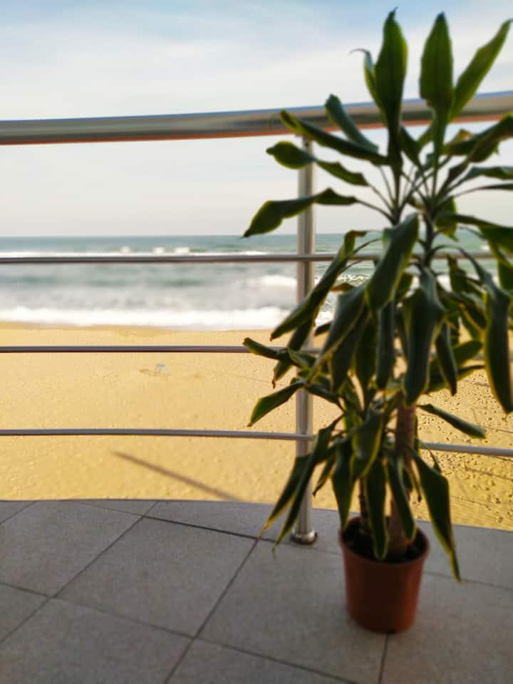 Комфортная квартира на самом море