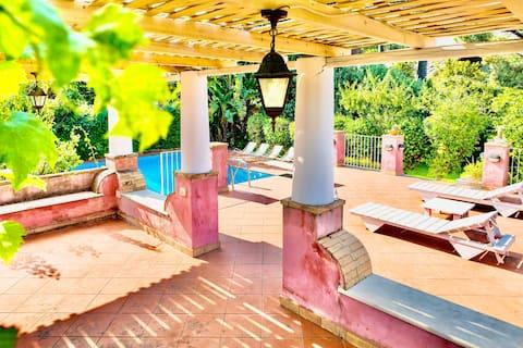 Villa EtnaSicilia med privat basseng og hage