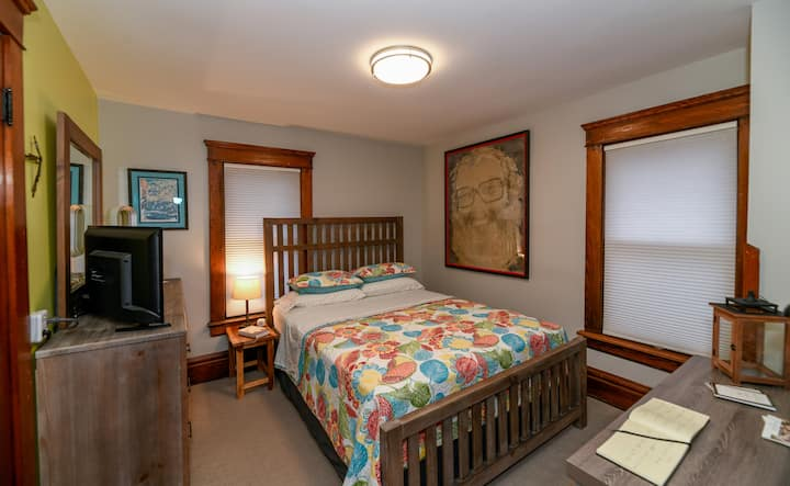 Charming Century Home & Bed & Breakfast: Bedroom 3