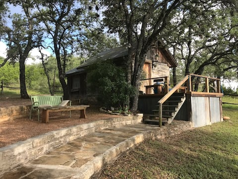 Private Log Cabin for 2, lake cove, 26 acres