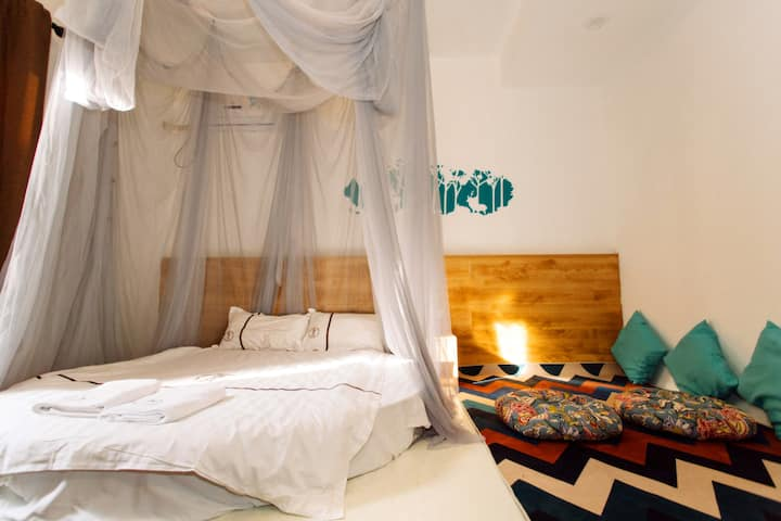 201Round Bed Room,the Dapeng Fortress,Shenzhen