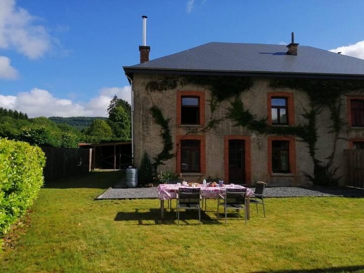 Rochehaut - vakantiehuis - 7 personen
