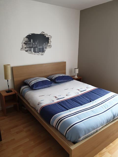 Chambre  avec SDB privée, maison rénovée