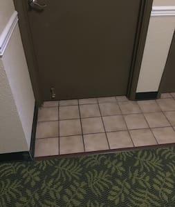 单元的入口沒有台阶