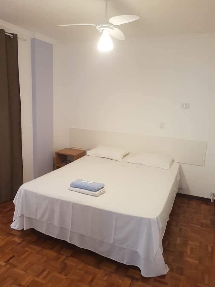 Apartamento Casal (103)- Av. JK com Higienópolis