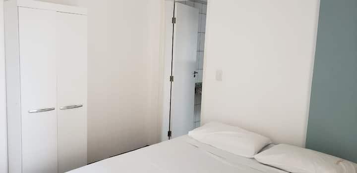Apartamento Casal (404)- Av. JK com Higienópolis