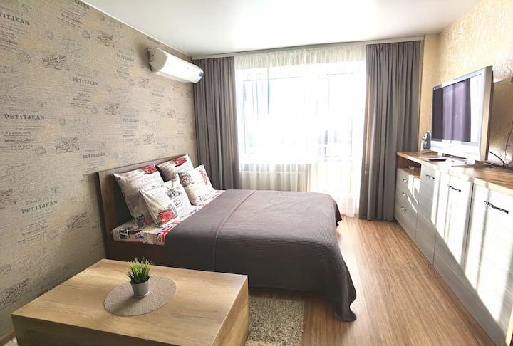 "Апартаменты Green Pillows в башне ""Витебск"""