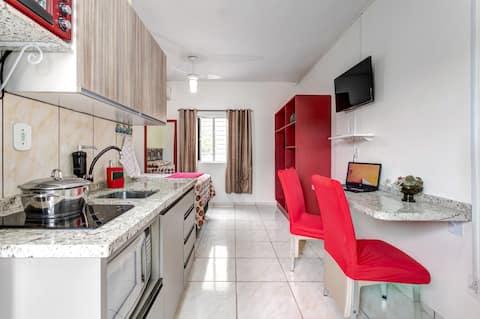 Studio para 2 *ar cond wi-fi TV cozinha completa*