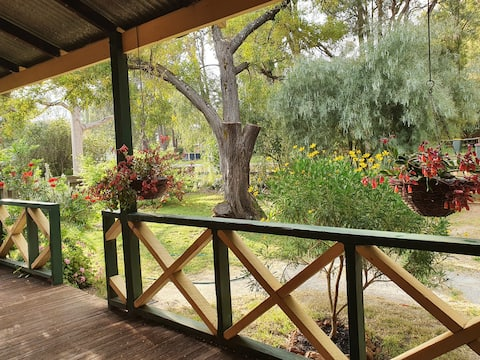 Woodcutter's cottage - enjoy nature & unwind