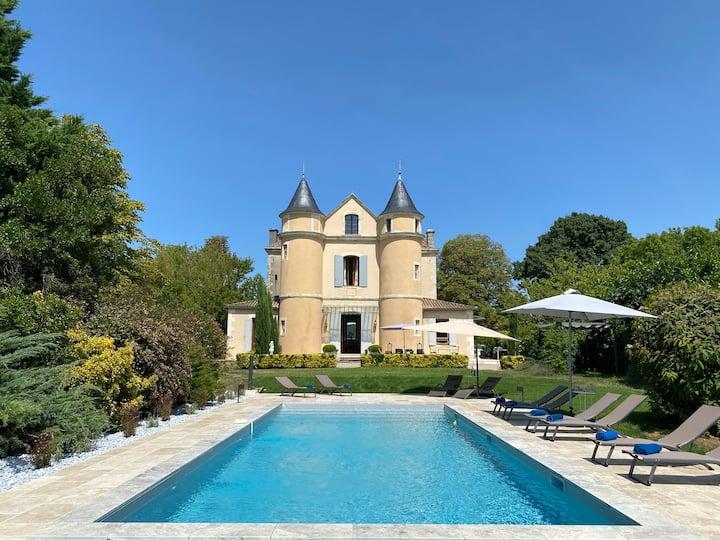 Petit château with heated pool