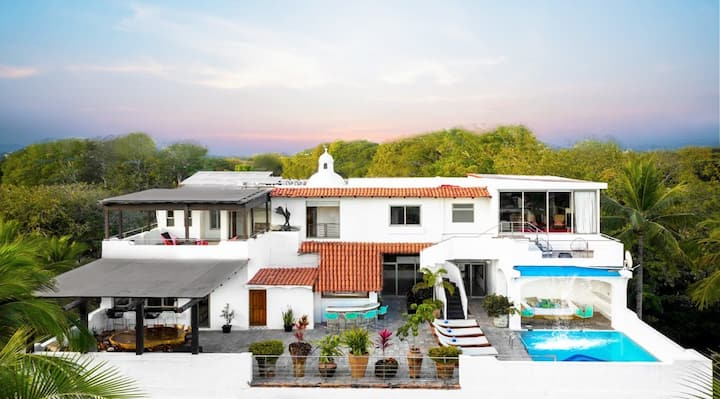 PentHouse Villa+Best Central Location+Private Pool