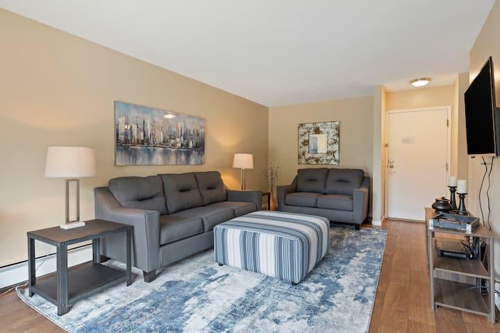 Seward Community -  1 bedroom Suite (102)