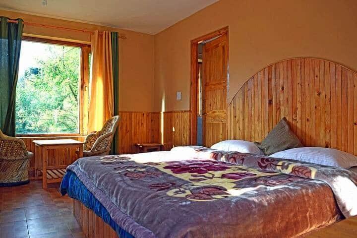Wilderness Home   Cozy Room  