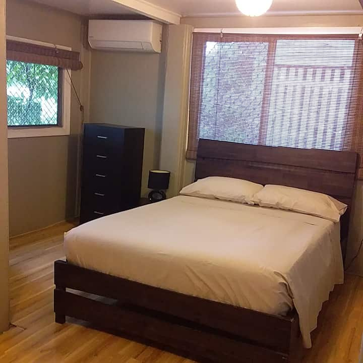 Full air con throughout with wifi. Self contained