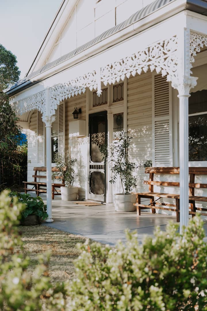 House of Figs Yarrawonga with open fire