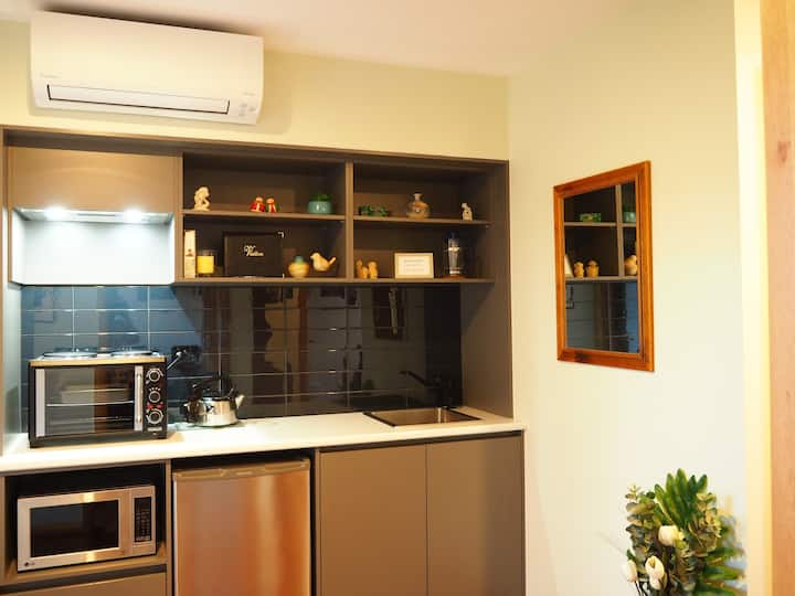 Strathern Apartment close to Nth Hobart & City