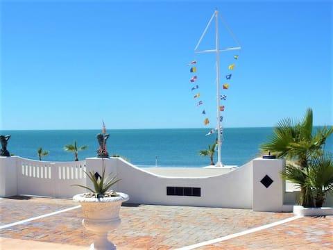 Beach House, Romantic Getaway, Rejuvenating!