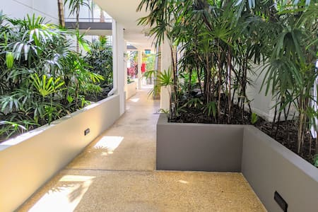 Path to apartment