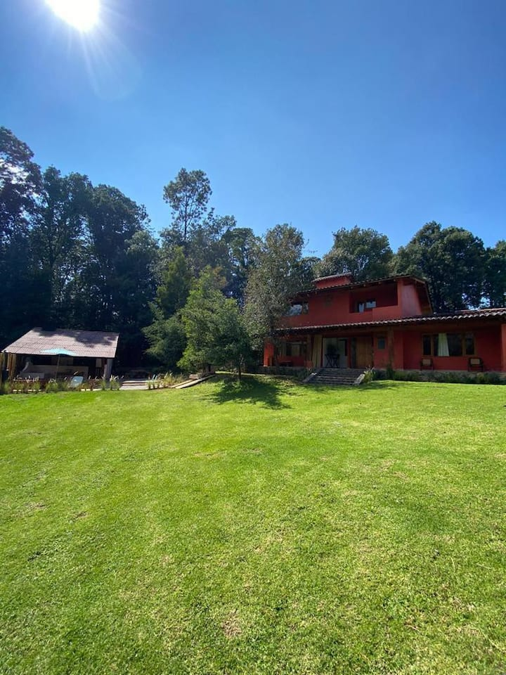 San Simón, Casa En El Bosque, Valle de Bravo