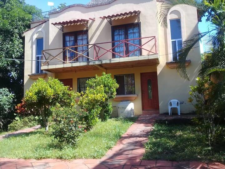 Casa Sofi & Martín, cozy Mexican home