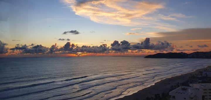 *Elegante departamento en Mayan Island, con playa*