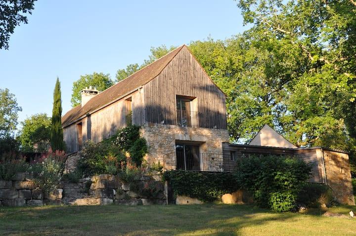Périgord Coly Sarlat Lascaux 8 pers piscine privée