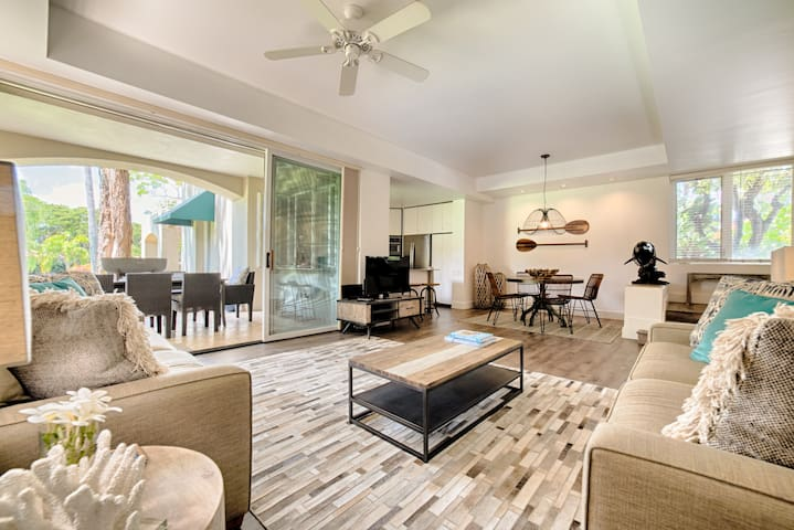 Stunning 30 K Recent Reno and Redecoration for a Hawaiian Beach Vibe. Wailea is one of the most sought after resort addresses on Maui.