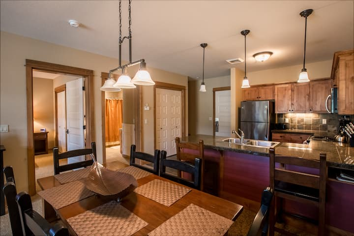Silver Mountain Condo In Gondola Village