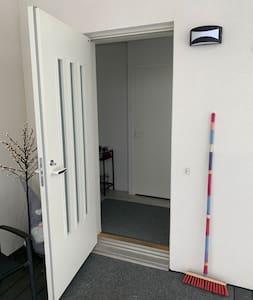 88cm wide door