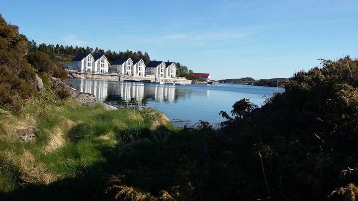 Atlanterhavsveienrorbuer -Averøy (C)