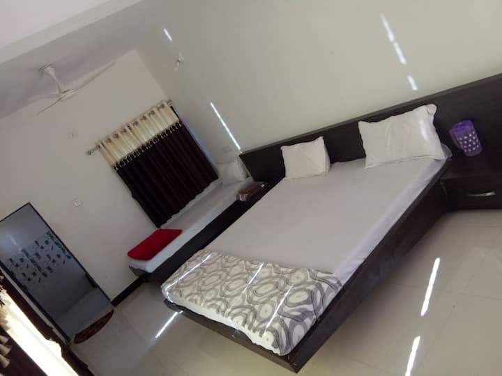 Hiran River View(Big Room for 4 people)