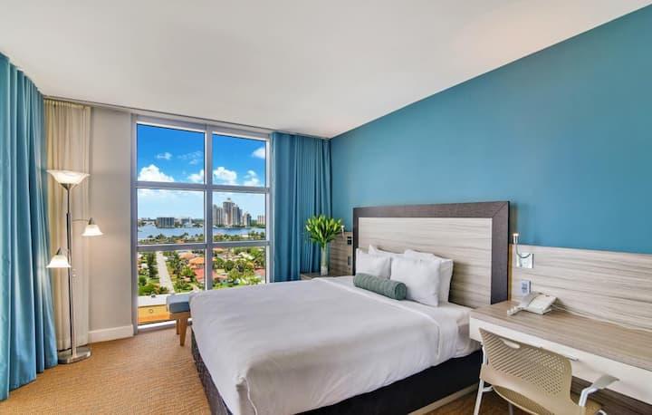 One Bedroom Apt Marenas Resort