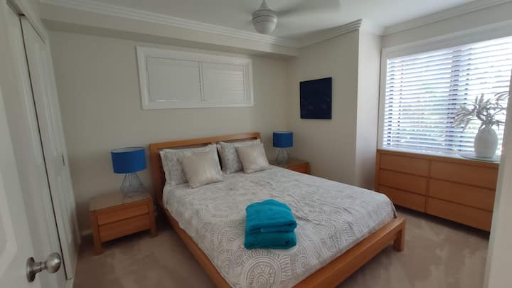 Private two bedroom Oasis at Lighthouse