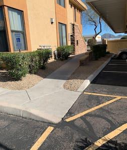 Step free pathway to front door via gentle ramp