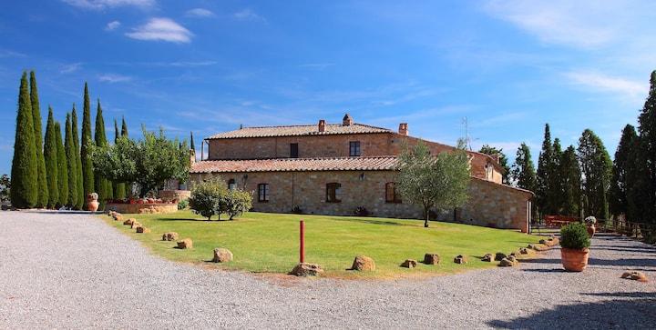 Agriturismo Bonello : apartment in Val d'Orcia