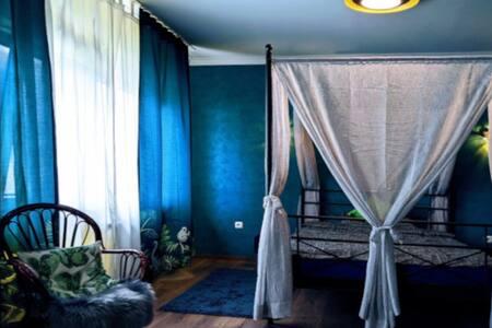 komfortables Zimmer mit eigenem Bad