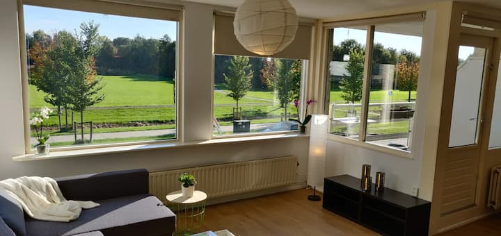 Spacious apartment 30 min from Amsterdam